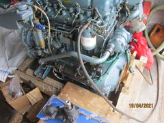 2 perkins 4236 engines and 160d gearbox and some spares - ID:117139