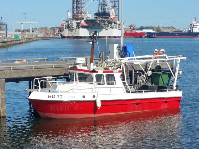 Steel commercial fishing boat - picture 1