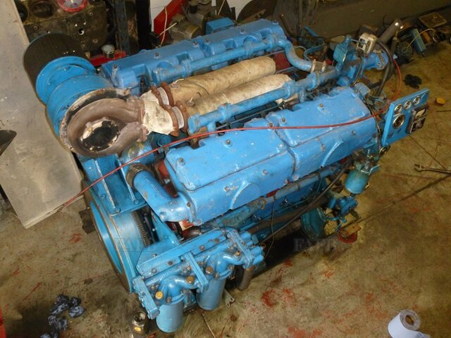 Paxman 8RPHX marine diesel and 1.9-1 transmission. - picture 1