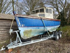 Classic Boat, Newly Rebuilt Perkins Engine & As New Trailer. - Olive Mary - ID:116263