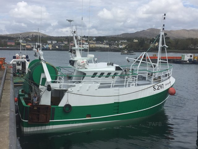 Denis Swire steel twin rig trawler - picture 1