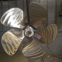 5 Bladed right hand propellers from stock 39 to 48 inch in diameter - ID:72553