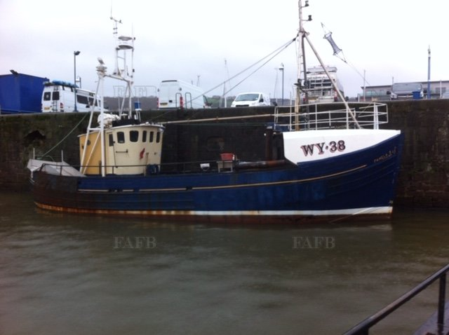 wooden trawler/ potter - picture 1