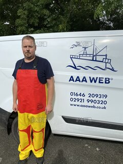 Aaa oil skins . Www. aaaweb. co. uk - ID:113793