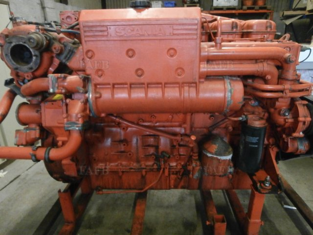 SCANIA DI 12 69M MARINE ENGINE - picture 1