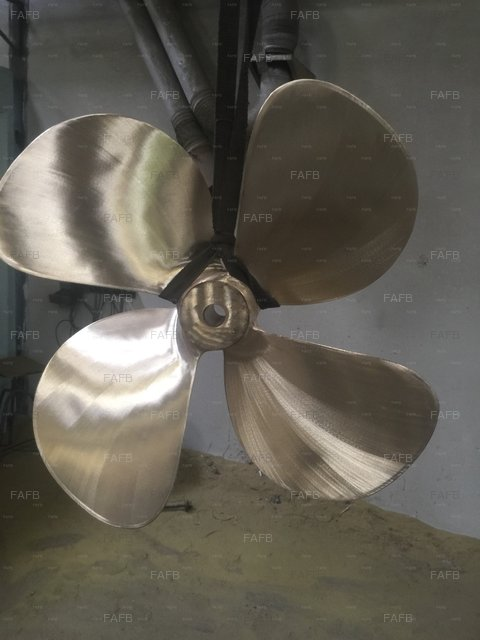 Brand new four bladed propellers from stock sizes from 30 inch to 46 inch - picture 1